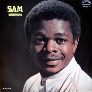 Sam Mangwana, front