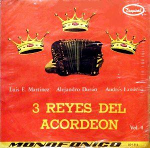 3-reyes-del-acordeon-front