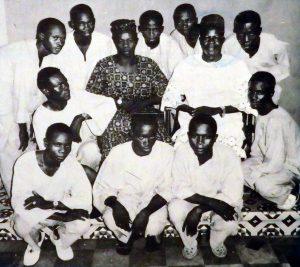 ayinla-omowura-and-his-apala-group